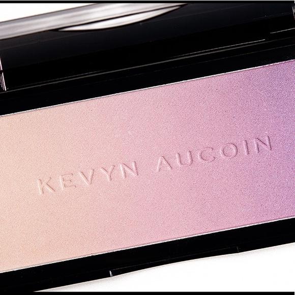 38b2eb0cee5 Kevyn Aucoin Makeup | Neolimelight Highlighter | Poshmark